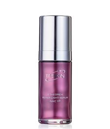 Y THEOREM REPAIR LIGHT SERUM